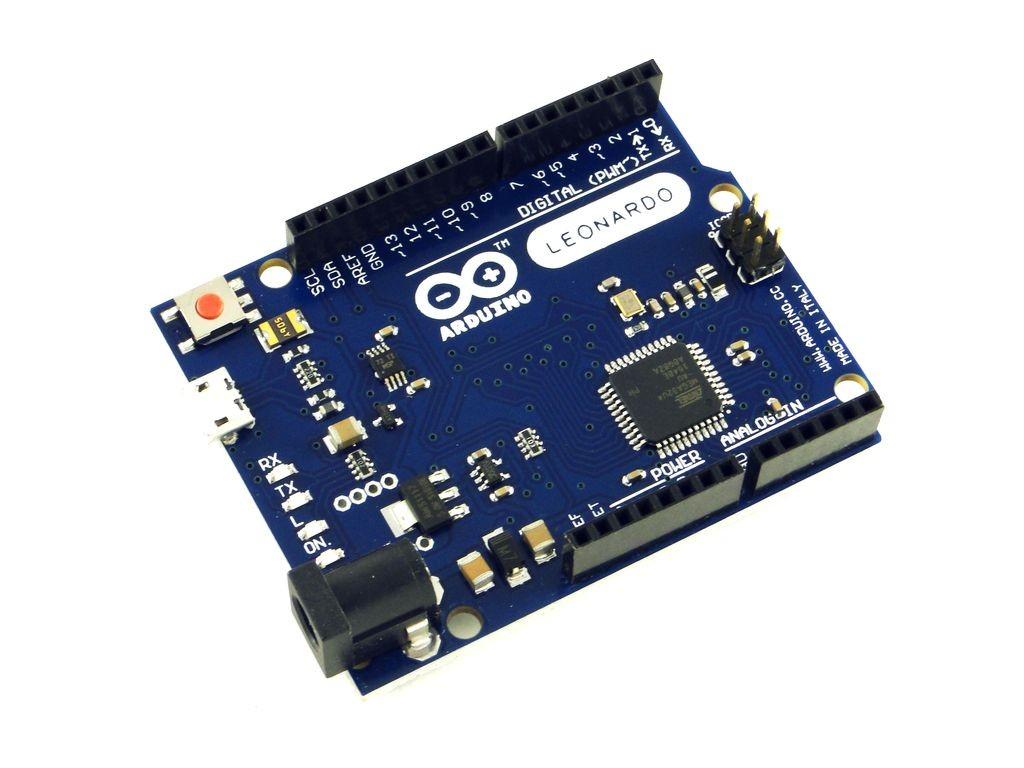 Arduino Leonardo, с кабелем