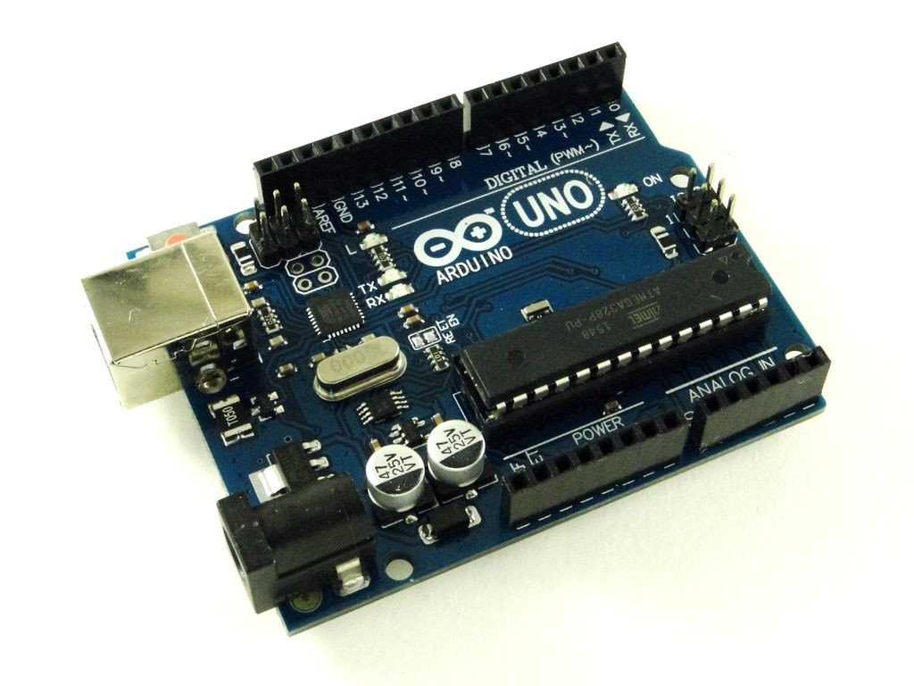 Arduino Uno R3, с USB кабелем