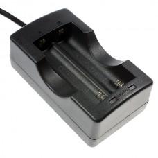 Зарядное устройство для Li-Ion аккумуляторов 18650