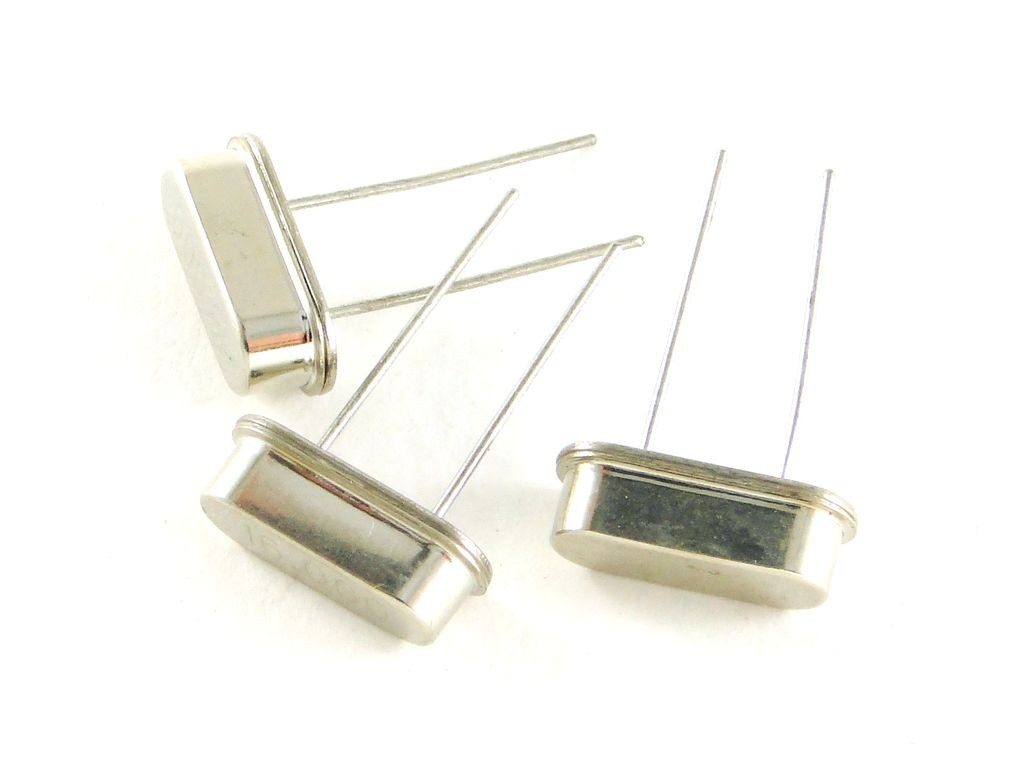 Кварцевый резонатор, 8МГц